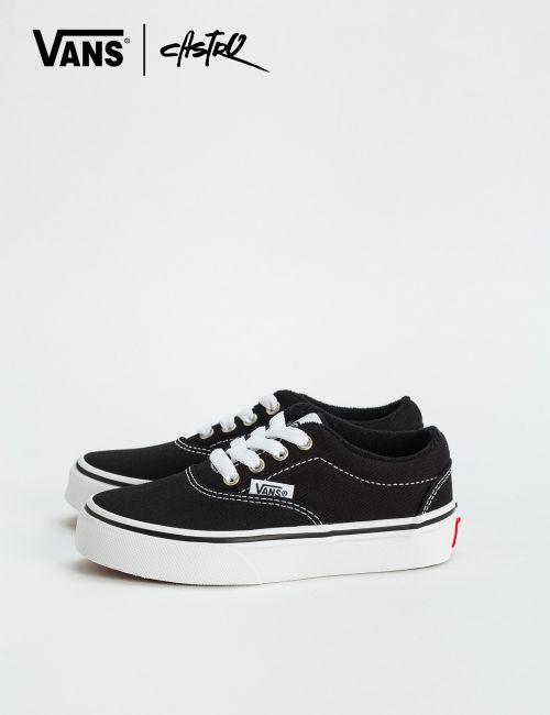 נעלי Vans שחורות עם תיפורים / ילדים יוניסקס