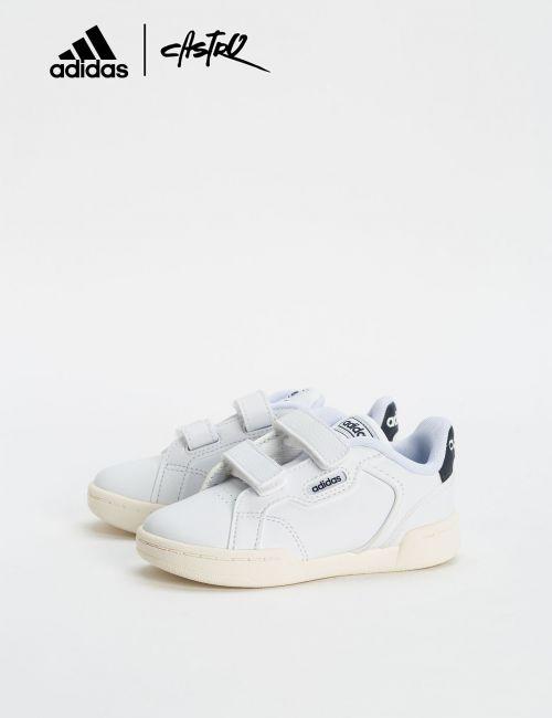 נעלי Adidas לבנות עם לוגו כחול - מידות קטנות
