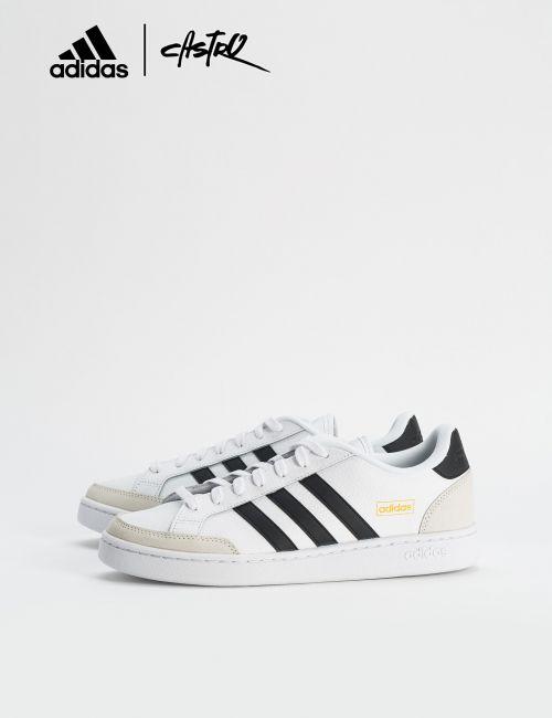 נעלי Adidas לבנות ואופוויט/ גברים