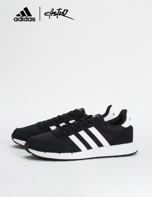 נעלי Adidas שחור ופסים לבנים / גברים