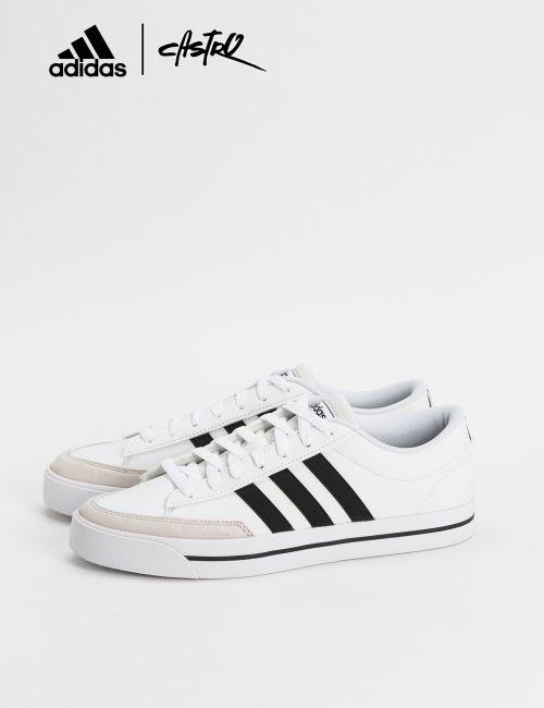 נעלי Adidas לבנות עם סוליית פס / גברים