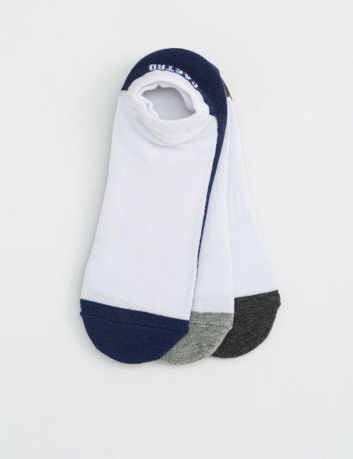 שלישיית גרביים נסתרות מלאנג'