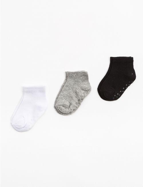 שלישיית גרביים חלקים
